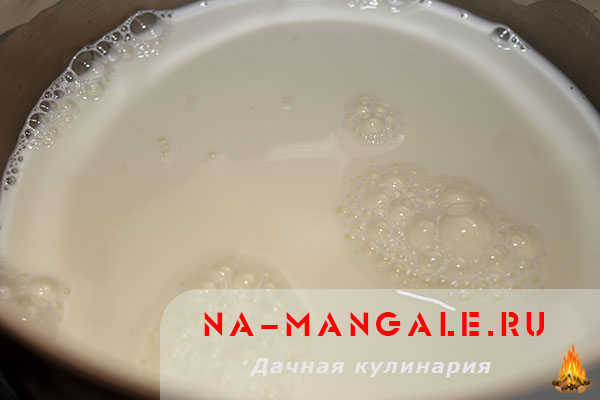 Из молока как сделать манную кашу