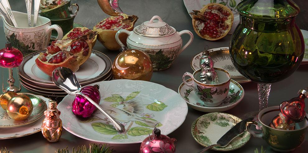 Как сервировать праздничный стол разной посудой