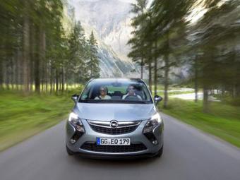 200-сильный вариант Opel Zafira Tourer. Фото Opel