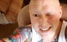 «Я вообще перестал бояться»: как московский татуировщик борется с лимфомой