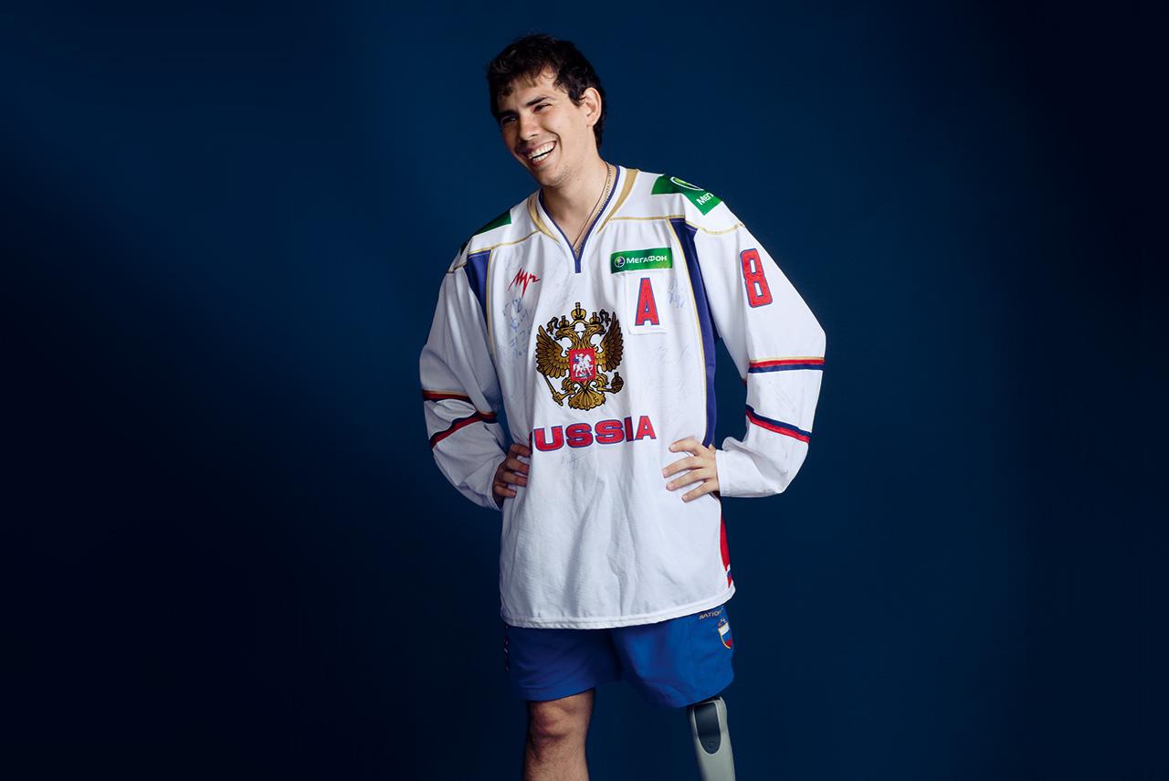 До того как заняться следж-хоккеем, Дмитрий Лисов думал пойти в бег или настольный теннис