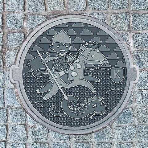 -сколдько в москве канализационных люков: