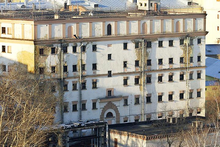 В XVIII веке на месте этого здания был «смирительный дом для предерзостных»