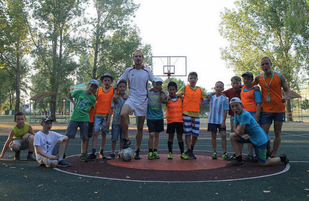 Московские школьники поддержали футболистов