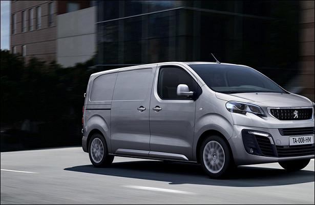 Фургоны Peugeot иCitroen победили вконкурсе «Лучший коммерческий автомобиль года»