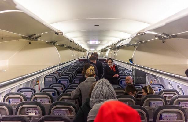 Дебошир заплатит засорванный рейс 50тысяч долларов