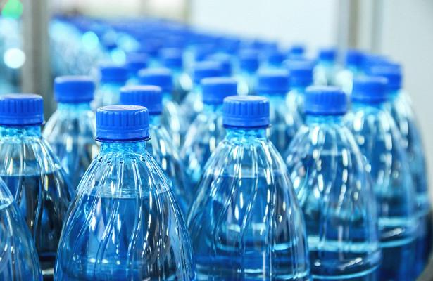Литовский политик «лечит» коронавирус водой