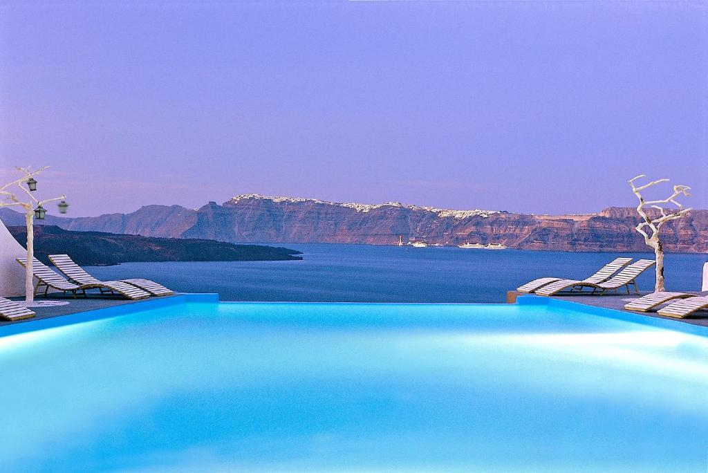 Отель в остров Эгейские острова на берегу моря