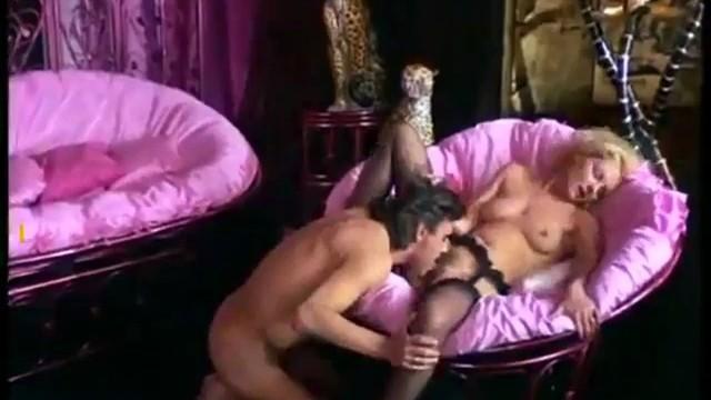 Hardcore amatuer girl fuck pussy