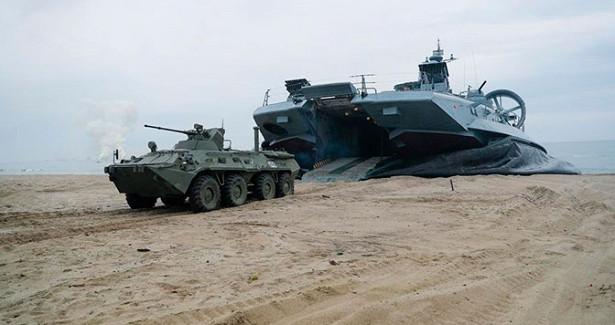 Главком ВМФРоссии поздравил морских пехотинцев спрофессиональным праздником