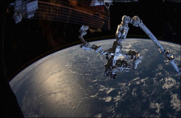 Техзадание нароссийского робота дляоткрытого космоса подпишут вконце октября