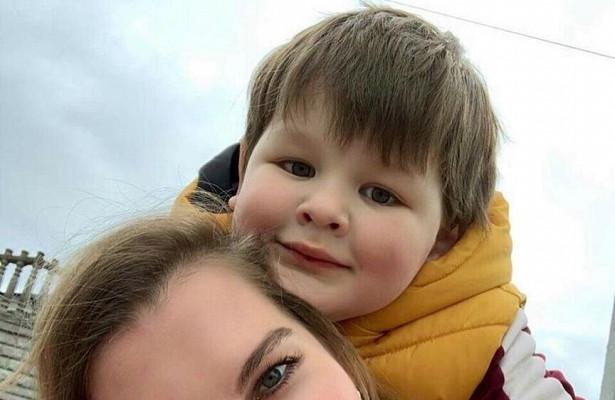 Экс-жена Марата Башарова показала, какподросший сынрадуется осени
