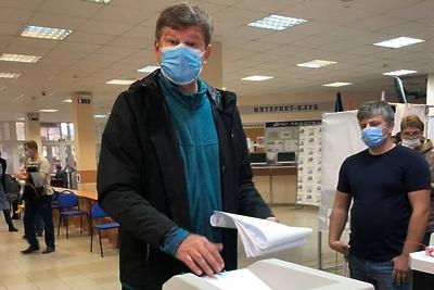 Комментатор Губерниев рассказал онеожиданной встрече наизбирательном участке вХимках