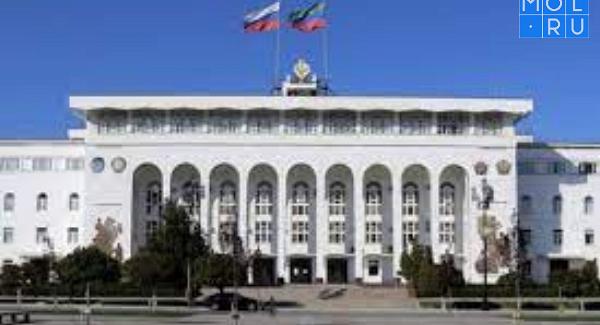 Глава Дагестана уволил арестованного поделу омошенничестве врио министра туризма