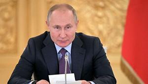 Путин: Те, ктооскорбляет ветеранов, зубы себе переломают