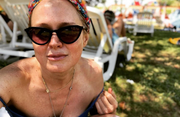 Анна Михалкова впервые показала лицо 5-летней дочери