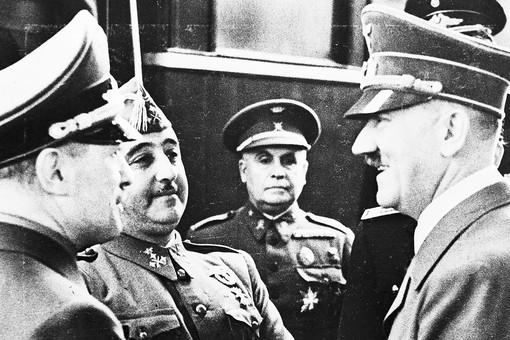 «Неблагодарный негодяй»: почему Франко отказал Гитлеру