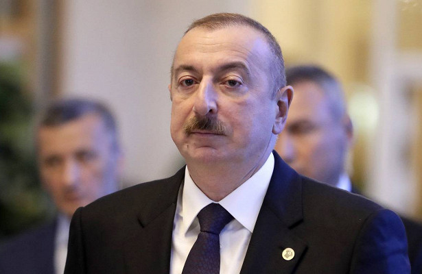 Алиев обратился кроссиянам