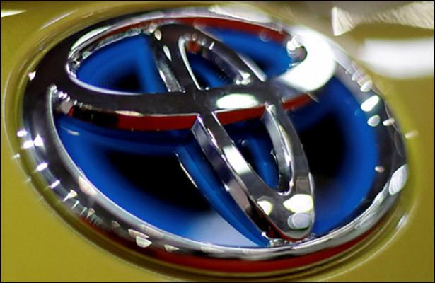 Toyota собралась обогнать Tesla