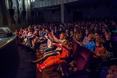 Подмосковные театры ждут зрителей напраздничных постановках впоследний день года
