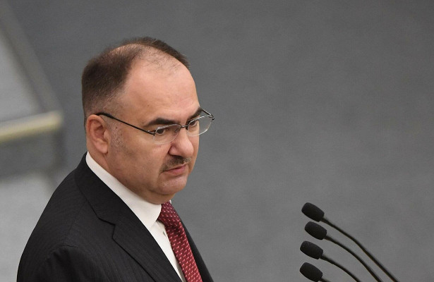 Мишустин уволил экс-главу ПФРизМинфина