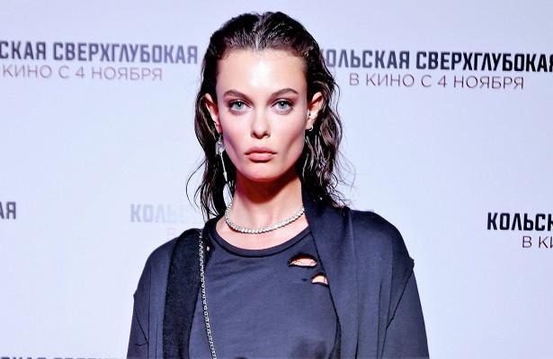 Лиза Адаменко вготическом образе, Янина Студилина смужем напремьере фильма «Кольская сверхглубокая»