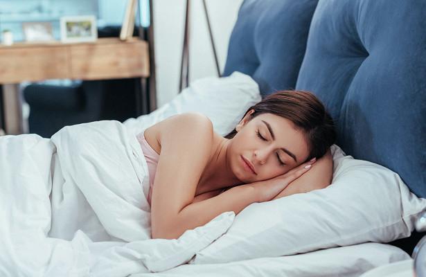 Эксперты назвали время дляхорошего сна