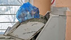 В России могут заварить все мусоропроводы