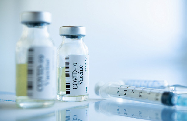 Противопоказания ихранение: отличия между вакцинами отCOVID-19