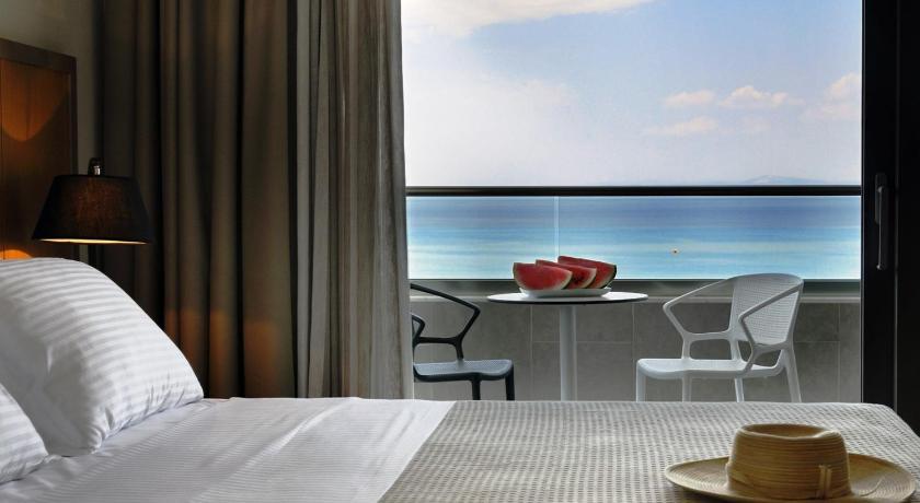 Квартира в остров Ханиоти дешево на берегу моря