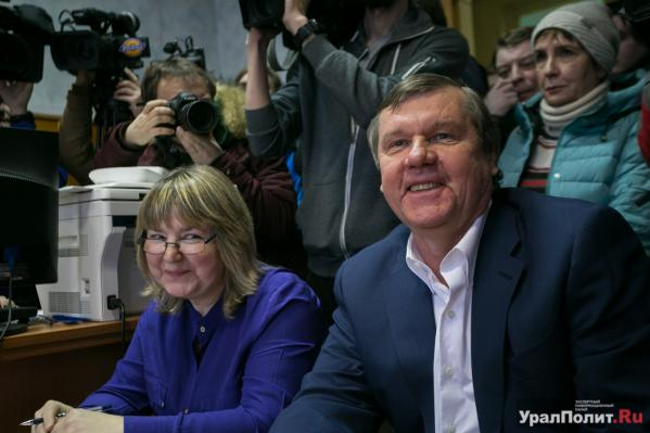 Александр Новиков спел шансон проуральского миллиардера наПервом канале