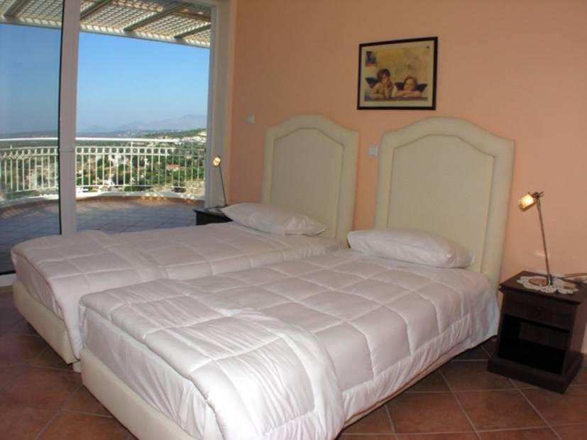Недвижимость в остров Агиа Триада новые квартиры