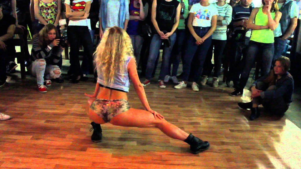 Танцы с жопой