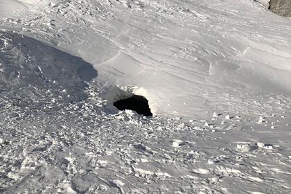 Лыжница провалилась вдействующий вулкан