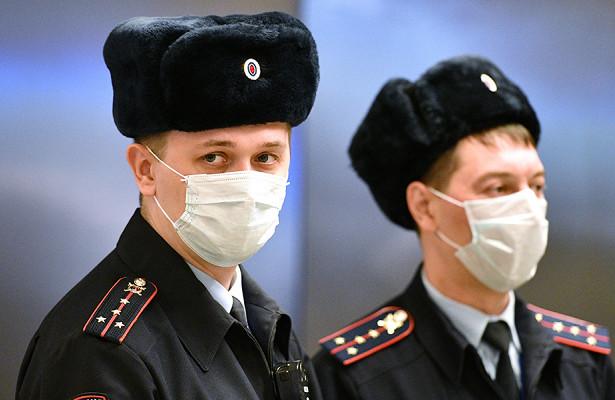 Россиянин неделю прятал убитую подругу поддиваном