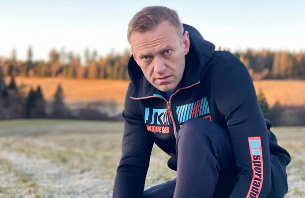 """«Бегпомогает от""""Новичка"""": блогер неповерил встрадания Навального"""