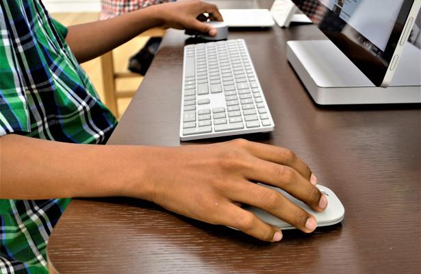 Омских школьников приглашают бесплатно поучиться программированию иробототехнике