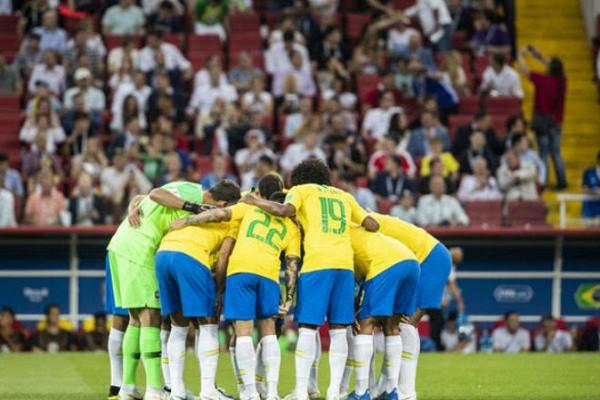 Бразилия безпроблем обыграла Катар, СШАминимально уступили Ямайке