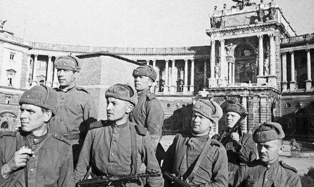 Отаком инемечтали: чтопоразило советских солдат, когда онипришли вЕвропу