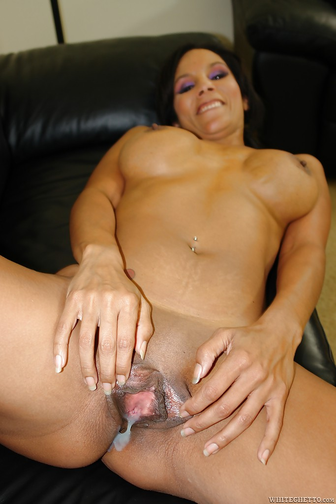 Free masturbating mature woman