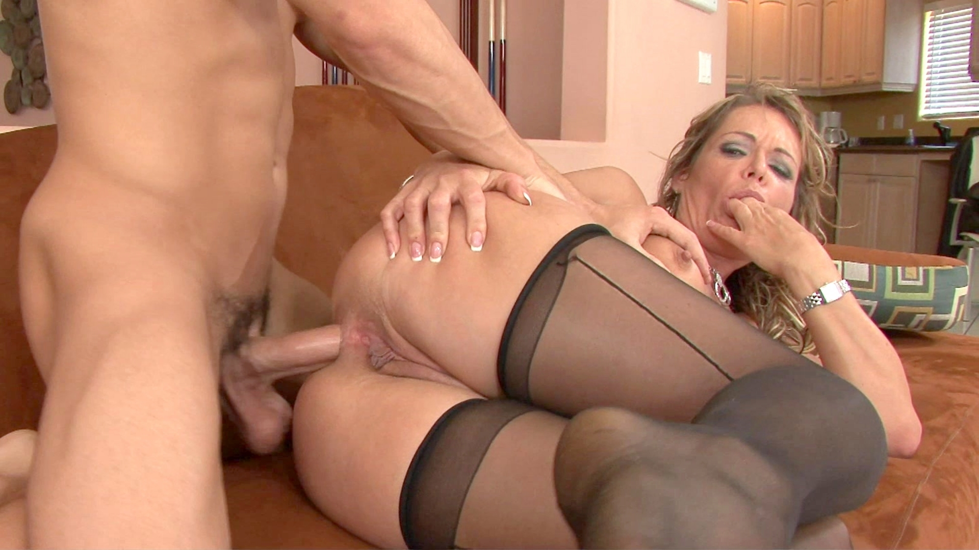 Free milf anal fucking videos, no free mature video site