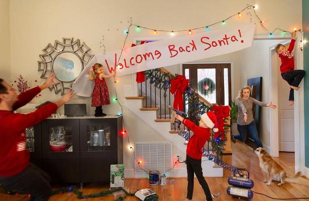 Семья прославилась вСети своими нелепыми рождественскими фотооткрытками