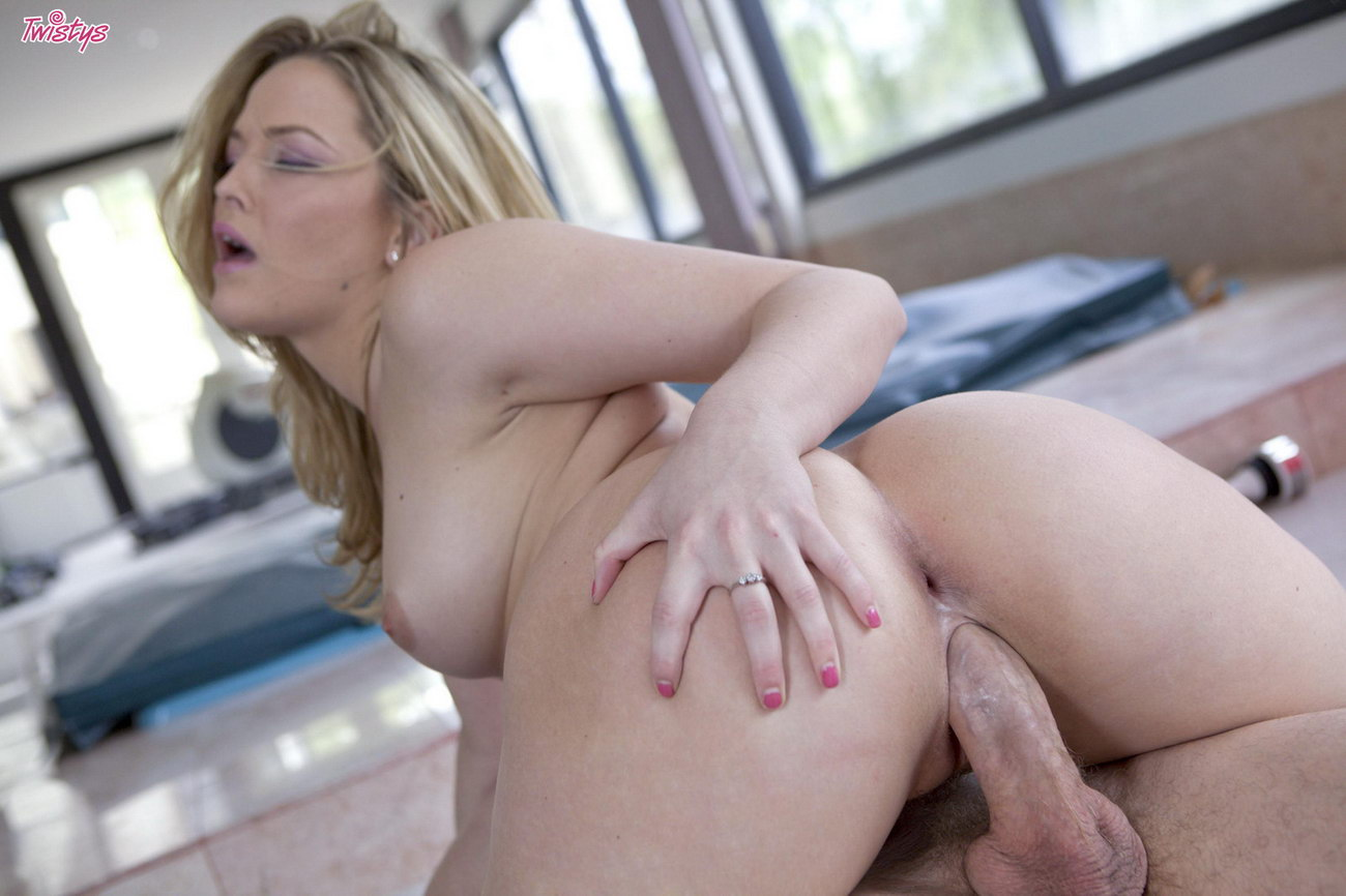 Free online bisexual porn video clips