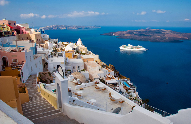 ВГреции назвали срок начала туристического сезона