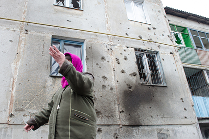 Украинские военные обстреляли двапоселка вДонбассе