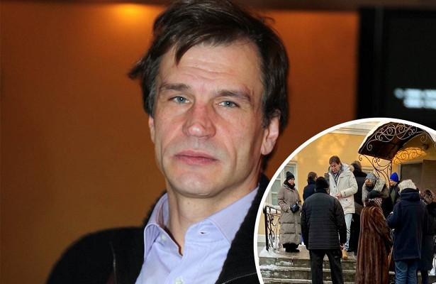 Знаменитые коллеги проигнорировали похороны актера Дениса Карасева