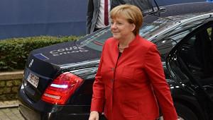 Меркель продлила карантин вГермании