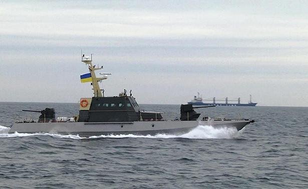 Украина перебросила бронекатера вАзовское море