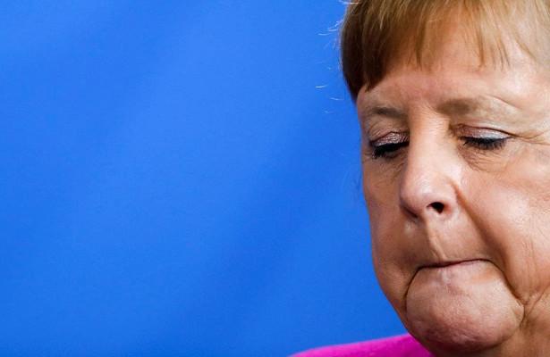 Меркель решила продлить карантин вФРГ
