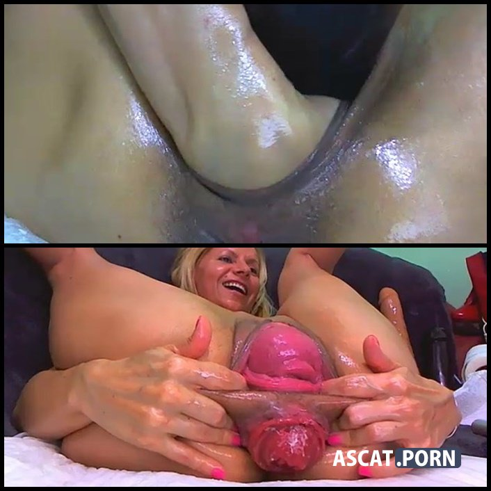 Cuckold licking cum filled panties